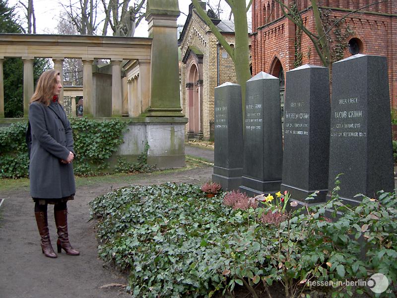 hessen-in-berlin.de | Grab der Gebrüder Grimm