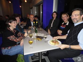 hessen-in-berlin.de | Museumsdirektoren im Cafe Dix