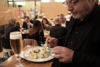 in-berlin.de | Beim Essen